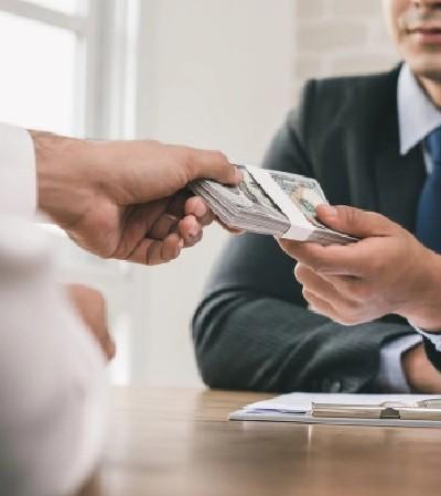 Préstamo o tarjeta de crédito